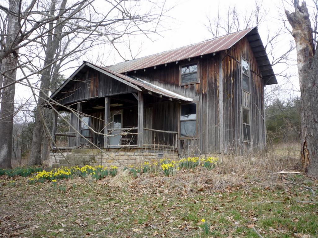 Abanoned House Near Beaver Arkansas Dirtbum