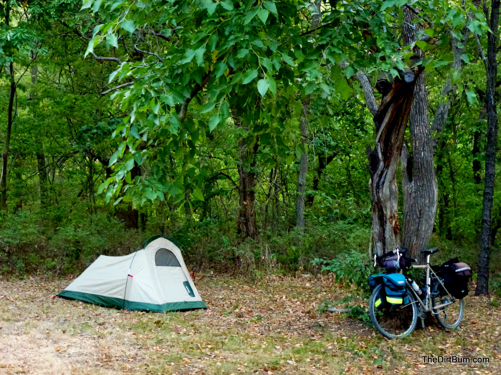 Bike camping at leavenworth state fishing lake for Fishing campsites near me